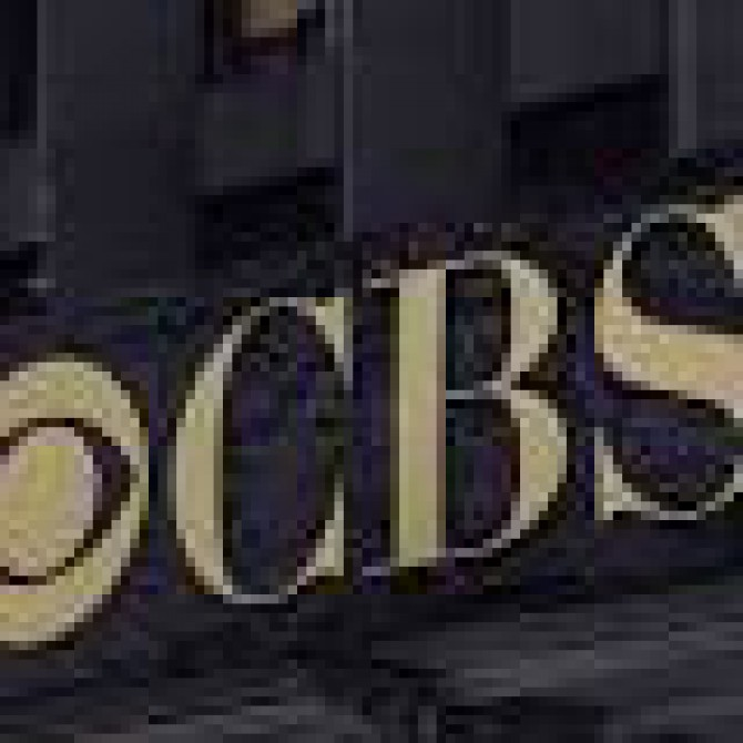 <a href=http://www.musictimes.com/articles/18396/20141202/cbs-dish-network-turner-broadcasting-deal-carriage-blackout-subscribers-lose-network-nyc-chicago-la-deadline-thursday.htm target=_blank >CBS Ready to Go Dark on Dish Network This Thursday if Carriage Deal Isn